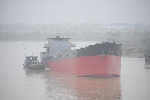 Gỡ thành công tàu hàng 3000 tấn đâm cầu An Thái Hải Dương - Ảnh 3