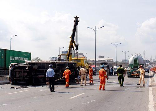 Tin tai nạn giao thông mới nhất ngày 10/5 - Ảnh 1