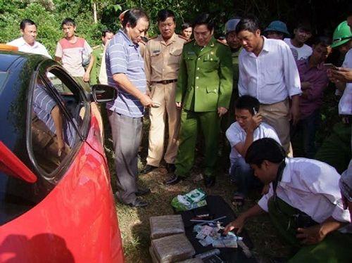 Lái xe tông CSGT khi bị phát hiện chở ma túy - Ảnh 2