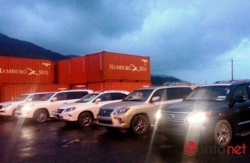 """Sung công quỹ 5 """"siêu xe"""" Lexus nhập lậu tại cảng Tiên Sa - Ảnh 1"""