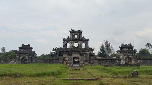 """Thừa Thiên - Huế: Nhiều di tích đứng trước nguy cơ bị """"xóa sổ""""  - Ảnh 1"""