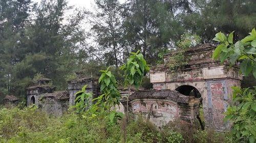 """Thừa Thiên - Huế: Nhiều di tích đứng trước nguy cơ bị """"xóa sổ""""  - Ảnh 6"""