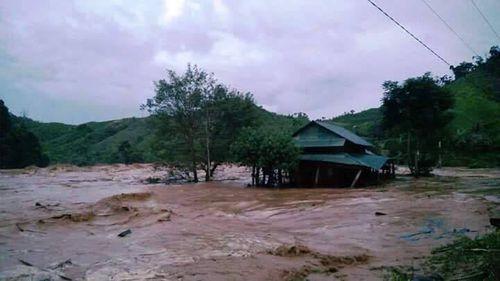 Vụ vỡ ống thủy điện sông Bung 2: 8 người đã trở về - Ảnh 2