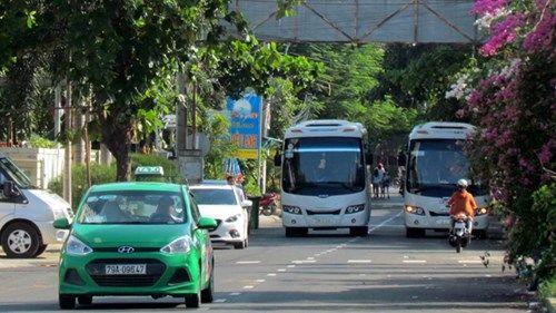 Dùng sân bay Nha Trang 'giải cứu' đường ùn tắc - Ảnh 2