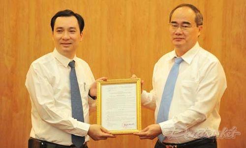 Ông Vũ Văn Tiến nhận quyết định bổ nhiệm TBT Tạp chí Mặt trận - Ảnh 1