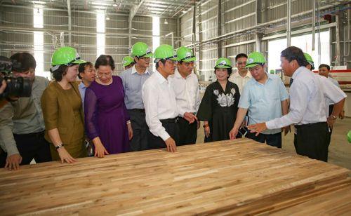 Khánh thành nhà máy chế biến gỗ lớn nhất Việt Nam - Ảnh 3