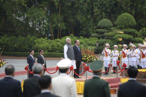 Việt Nam, Ấn Độ nâng cấp quan hệ lên đối tác chiến lược toàn diện - Ảnh 1