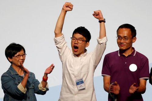 Phe dân chủ tăng ghế sau cuộc bầu cử ở Hong Kong - Ảnh 1