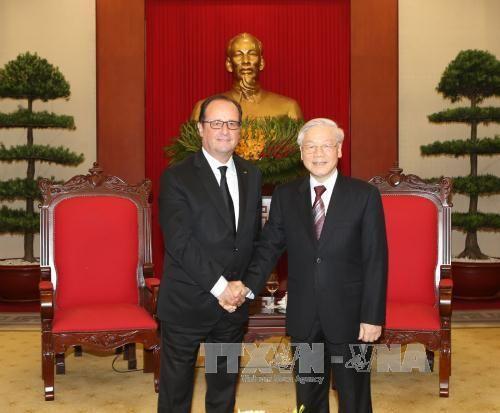 Tổng Bí thư Nguyễn Phú Trọng tiếp Tổng thống Pháp Francois Hollande - Ảnh 1