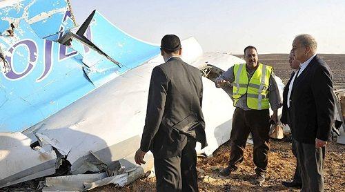 Máy bay Nga rơi ở Ai Cập: Những giả thuyết về nguyên nhân tai nạn - Ảnh 1