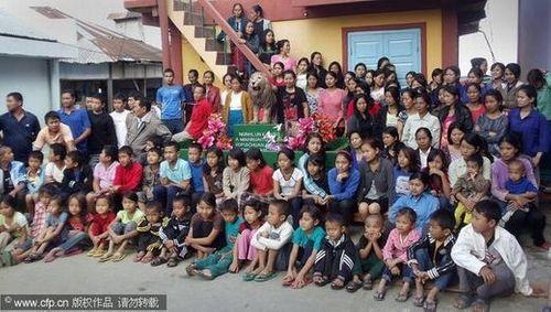 Sốc với người đàn ông có 39 vợ, 94 con và 33 cháu - Ảnh 2
