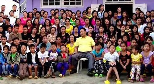 Sốc với người đàn ông có 39 vợ, 94 con và 33 cháu - Ảnh 3