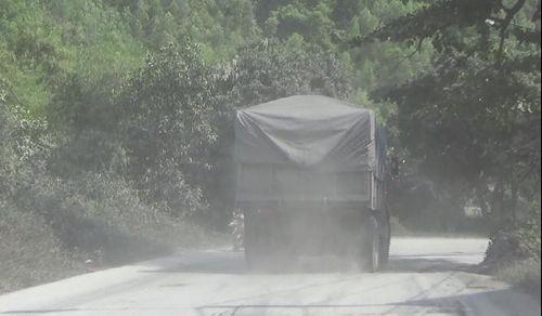 Xe quá tải chở than tuyến Vàng Danh – Uông Bí 'thách thức' Chủ tịch Quảng Ninh - Ảnh 1