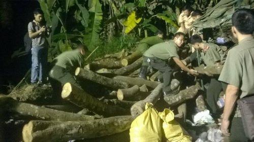 Vụ sập mỏ than ở Hòa Bình: Vị trí tìm kiếm còn cách nạn nhân khoảng 40m - Ảnh 1