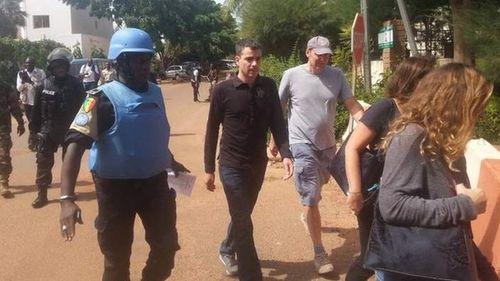 Tấn công khách sạn ở Mali: Khủng bố nhận trách nhiệm - Ảnh 2