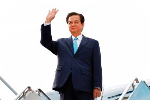 Thủ tướng lên đường dự Hội nghị cấp cao ASEAN 27 - Ảnh 1