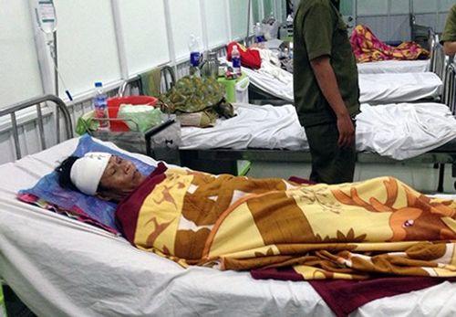 Mưa lớn gây sập nhà tại TP HCM, 11 người thương vong - Ảnh 2