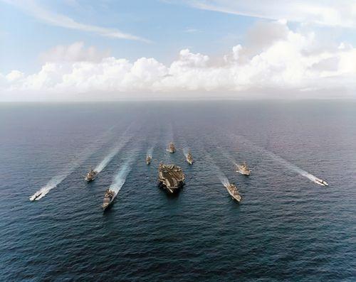 Mỹ điều cụm tàu sân bay tới Biển Đông thách thức Trung Quốc - Ảnh 1