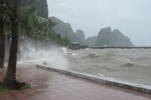 Tin bão số 1 mới nhất sáng 28/7: Suy yếu thành áp thấp nhiệt đới - Ảnh 1