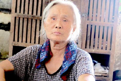 """Vụ chặn xe cứu thương ở BV Nhi TƯ: """"Con tôi chưa xuất viện đã có người lạ...gọi"""" - Ảnh 3"""
