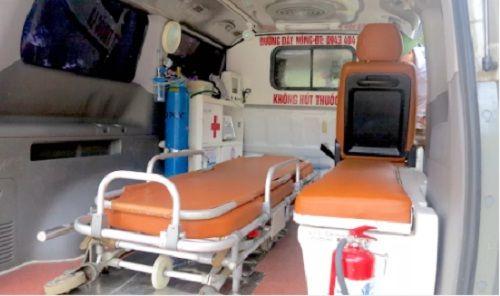 """Vụ chặn xe cứu thương ở BV Nhi TƯ: """"Con tôi chưa xuất viện đã có người lạ...gọi"""" - Ảnh 5"""