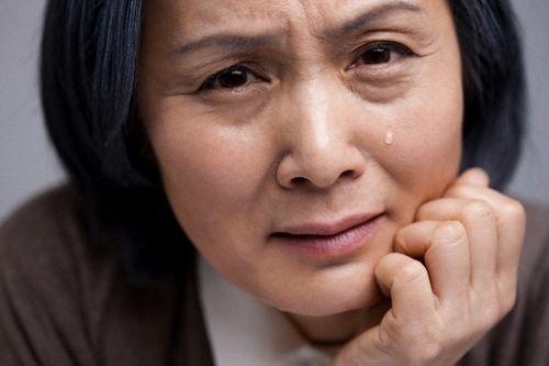 Rơi nước mắt vì lời đề nghị xót xa của mẹ chồng - Ảnh 1