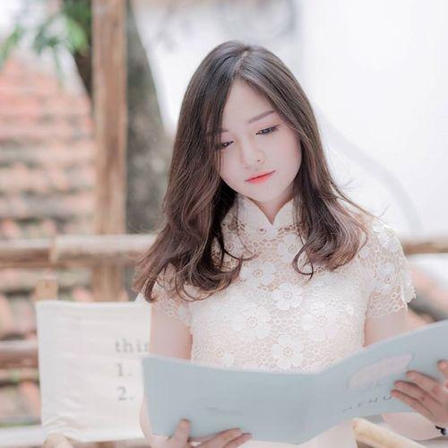 """Nữ sinh xinh đẹp tại điểm thi ĐH Bách Khoa """"sáng"""" nhất mạng xã hội - Ảnh 2"""