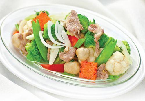 Bữa cơm tối Trung thu ngon miệng với thịt bò xào rau củ thơm nức - Ảnh 3
