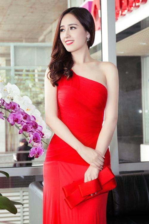 Ngẩn ngơ trước vẻ đẹp không tỳ vết của Hoa hậu Mai Phương Thúy - Ảnh 7