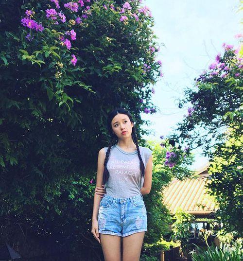 """Facebook sao: Elly Trần sexy """"nghẹt thở"""", Quế Vân ám chỉ mẹ HH Kỳ Duyên bênh con - Ảnh 3"""