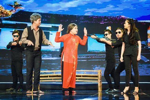 """Làng hài mở hội tập 11: Huỳnh Tiến Khoa bị """"đốt cháy"""" ngay trên sân khấu - Ảnh 1"""