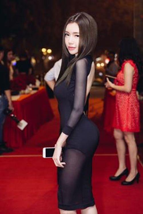 """Facebook sao: Elly Trần khoe vòng 3 """"khủng"""", Tăng Thanh Hà như quý cô sành điệu - Ảnh 11"""