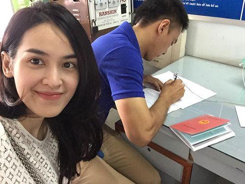 """Facebook sao: Elly Trần khoe vòng 3 """"khủng"""", Tăng Thanh Hà như quý cô sành điệu - Ảnh 7"""