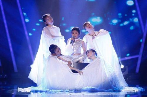 Chung kết Vietnam Idol Kids 2016: Hồ Văn Cường giành giải quán quân - Ảnh 2