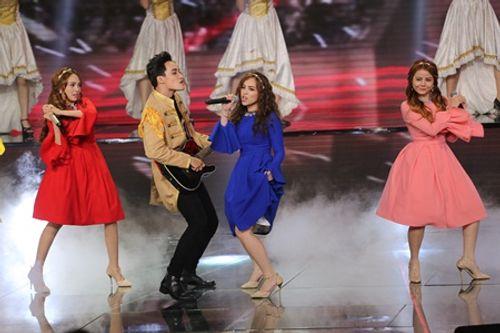 Liveshow 6 The X-Factor: Bộ tứ HLV tranh cãi trước hit mới của giọng ca 17 tuổi - Ảnh 3