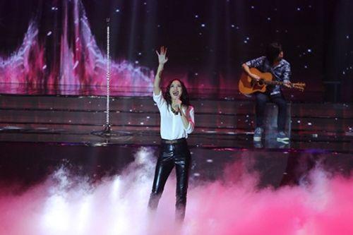 Liveshow 6 The X-Factor: Bộ tứ HLV tranh cãi trước hit mới của giọng ca 17 tuổi - Ảnh 4