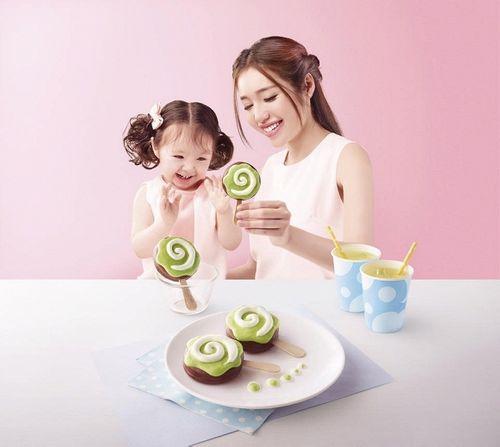 Facebook sao: Ngọc Trinh chụp ảnh áo tắm, Phạm Hương vui vẻ đi ăn với An Nguy - Ảnh 10