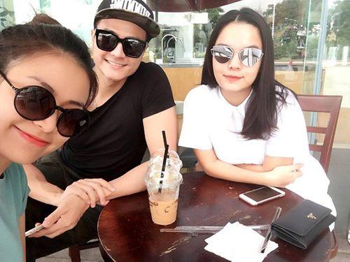 Facebook sao: Thủy Tiên xây cầu từ thiện, MC Kỳ Duyên khoe ảnh bố mẹ - Ảnh 9