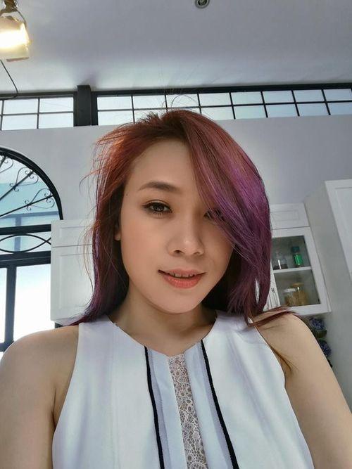 """Facebook sao: Hari Won, Trấn Thành rủ nhau đi du lịch, Mỹ Tâm """"selfie"""" xinh đẹp - Ảnh 1"""
