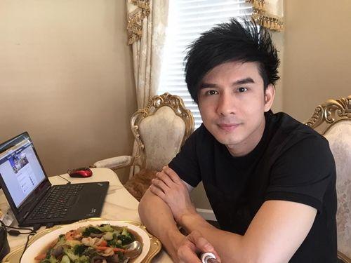 Facebook sao: Hạ Vi - Ngô Thanh Vân đọ sắc, Vy Oanh khoe vòng một lấp ló - Ảnh 2