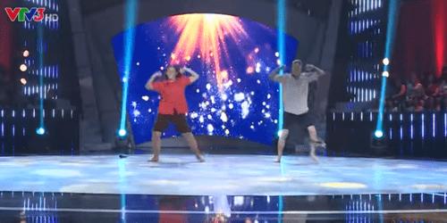 """Bước nhảy ngàn cân tập 3: """"Chị tôi"""" gây xúc động mạnh cho giám khảo - Ảnh 2"""