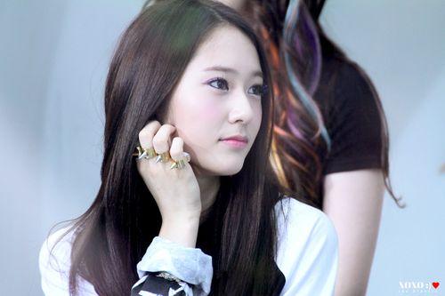 """Ngất ngây với góc chụp nghiêng """"thần thánh"""" của nữ thần tượng xứ Hàn - Ảnh 3"""