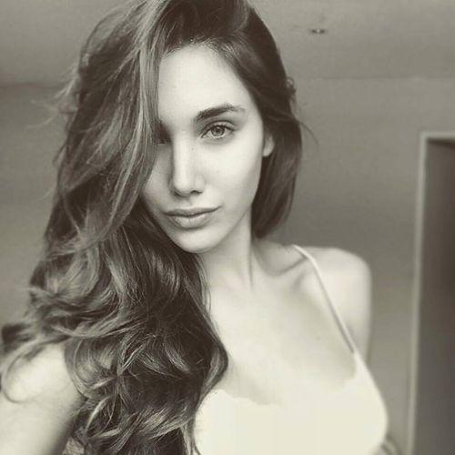 Vẻ đẹp tuyệt sắc của tân Hoa hậu Quốc tế 2015 Edymar Martinez - Ảnh 13