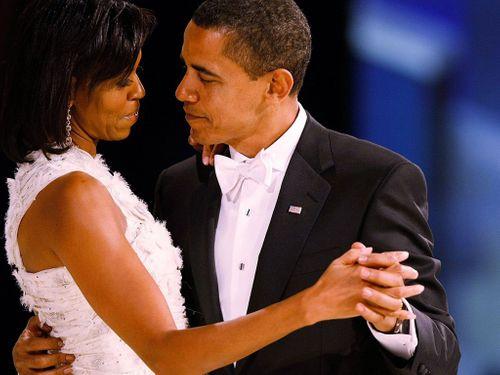 Ra mắt phim về chuyện tình vợ chồng Tổng thống Obama - Ảnh 1