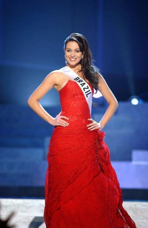 Hoa hậu Brazil qua đời, nghi vấn tự tử vì trầm cảm nặng - Ảnh 2
