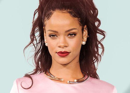 Rihanna hủy concert vì vụ khủng bố ở Pháp - Ảnh 1