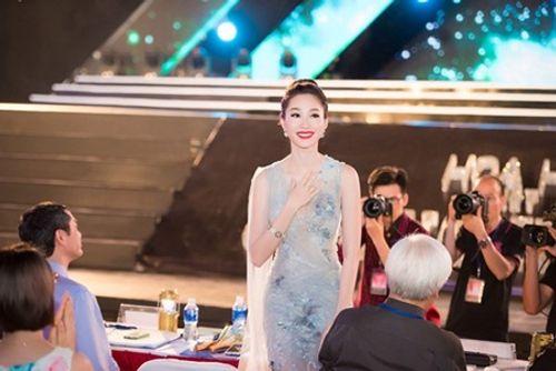 Nhan sắc gây xao xuyến con tim của Hoa hậu Đặng Thu Thảo - Ảnh 8