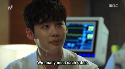 """""""W - Hai thế giới"""" tập 2: Han Hyo Joo bất ngờ tát rồi hôn Lee Jong Suk - Ảnh 4"""