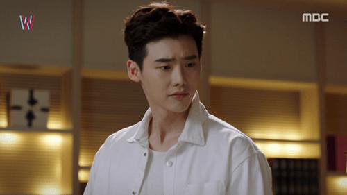 """""""W - Hai thế giới"""" tập 3: Han Hyo Joo bình an vô sự dù bị trúng đạn  - Ảnh 8"""
