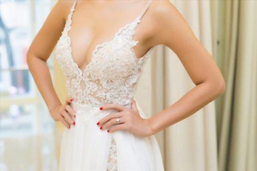 Tiết lộ váy cưới giúp Hà Anh trở thành cô dâu sexy nhất Việt Nam - Ảnh 5